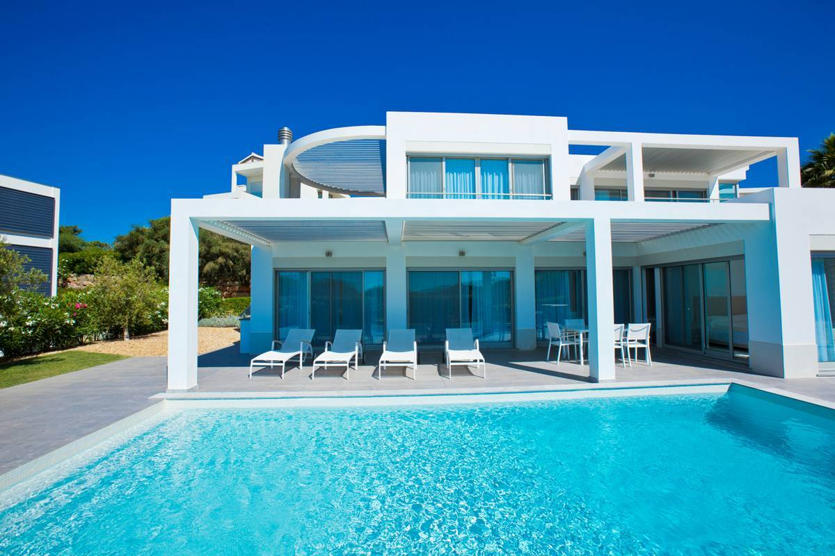 Villa 2063 elite 4 bedroom detached villa w pool 10 algarve luxury concierge Maison de luxe moderne